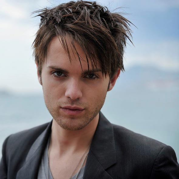 Thomas Dekker's Obscure Sexuality: Gay or Straight? Dating With Girlfriend But No Serious Relations