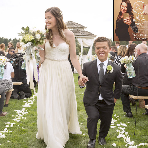 Baby on the way little people big world 39 s tori roloff is for Did zach and tori have a dwarf baby