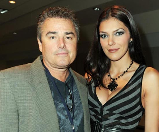 Caption: Adrianne Curry with her then-husband Christopher Knight.