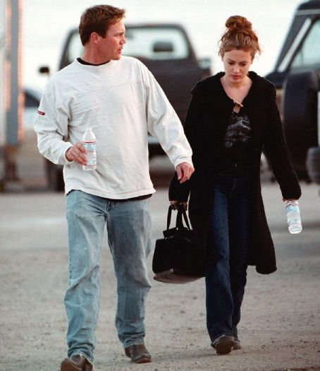 Did Alyssa Milano date Brian Krause