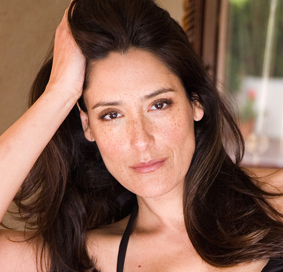 """NCIS: LA alum, Alicia Coppola to Be Seen As a Doctor in CBS' TV Show """"The Young and the Restless"""""""