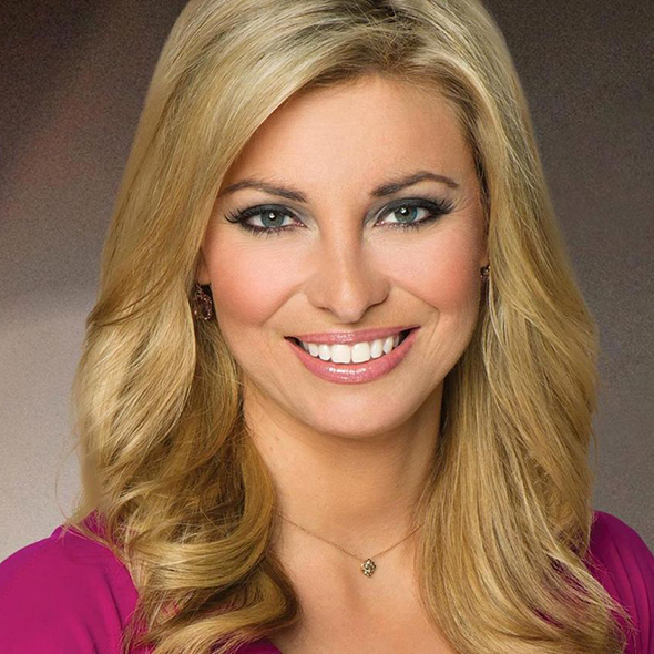 How Much Does E News Anchors Make: CNBC's News Anchor Amanda Drury Is Married To An