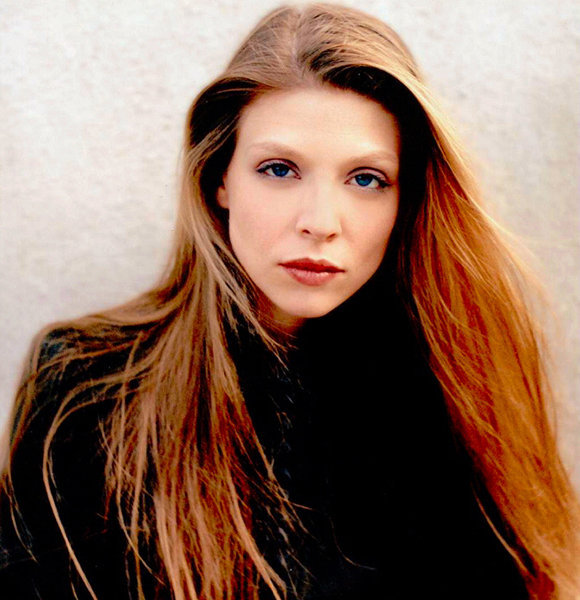 Amber Benson Is Not Gay/Lesbian! Her Once Upon A Time Dating Affair Proves It