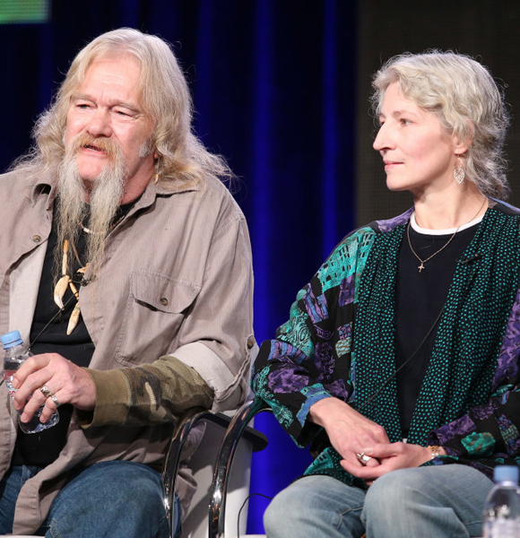 Ami Brown From Alaskan Bush People Struggles With Health! Her Cancer Fumbling With Personal Life?