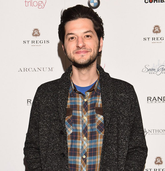 How Did Ben Schwartz Out a Guide Book For Dating While Not Having a Girlfriend?