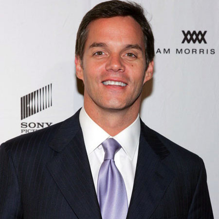 """The Life Of Fox News Co-Anchor """"Bill Hemmer"""" ; Is He Gay?"""