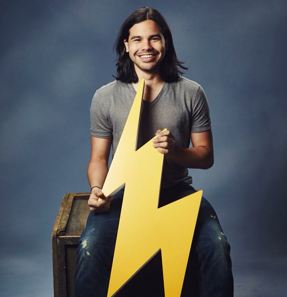 Does Carlos Valdes From The Flash Have Girlfriend? Or Is The Gay Rumor True?