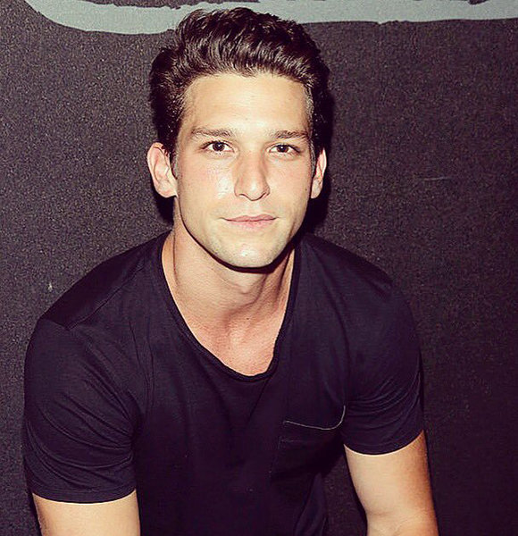 Daren Kagasoff Will Get Married To A Perfect Girlfriend Meet His Ideal Girl See more about daren kagasoff, hot and sexy. daren kagasoff will get married to a