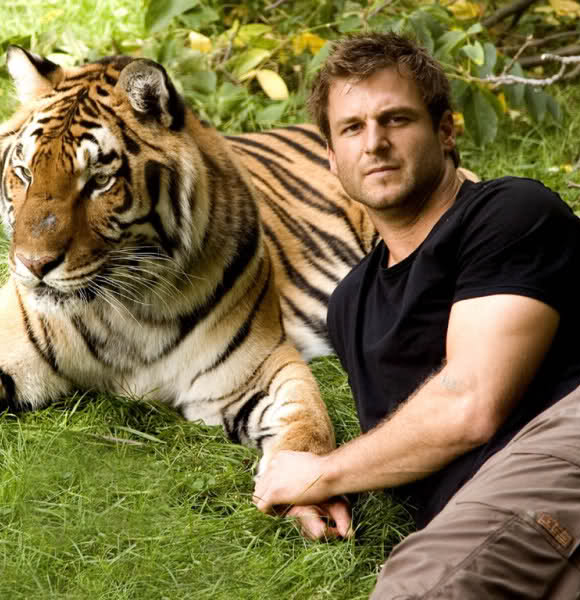 Dave Salmoni Finallly Married And Settled With Wife After All the Hyped Dating & Split With Girlfriend?