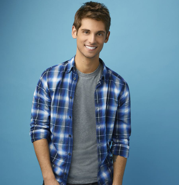 Does Jean-Luc Bilodeau Have Any Dating Affair Or A Girlfriend? Shows Love For On-Screen Daughters