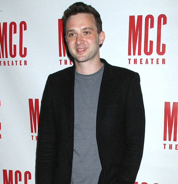 Eddie Kaye Thomas Keeps Personal Life 'Personal'; Everything We Know About Him, His Parents And Dating Affair