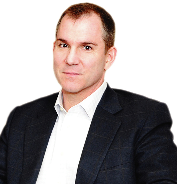 Frank Bruni- A Gay Columnist For New York Times Is Not Married But Talks on A Man Having a Husband Is Normal! Indeed