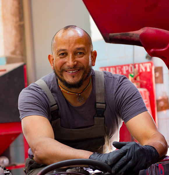 Fuzz Townshend: A Married Man With Wife And Children Talks On Some Personal Details!