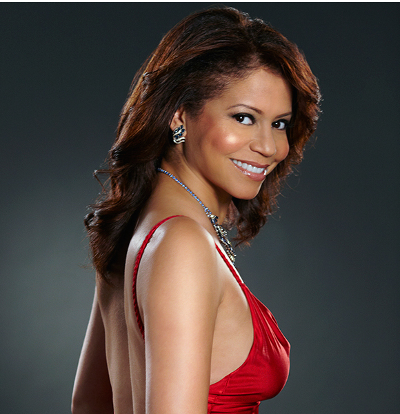 Is Gloria Reuben Still With Her Husband and Has A Family With Him? She Wouldn't Be Divorced - Or Is She?