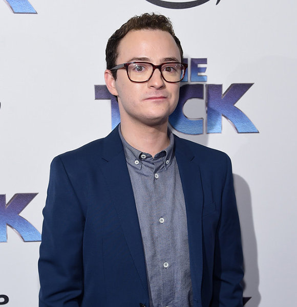 Is Griffin Newman Married and Has a Wife? His Tweet Says No