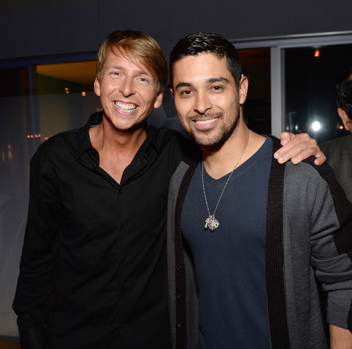 Jack McBrayer Had Dating Affairs With Girlfriend Or Perhaps Is He Gay? No Intentions Of Getting Married Because Of Career?