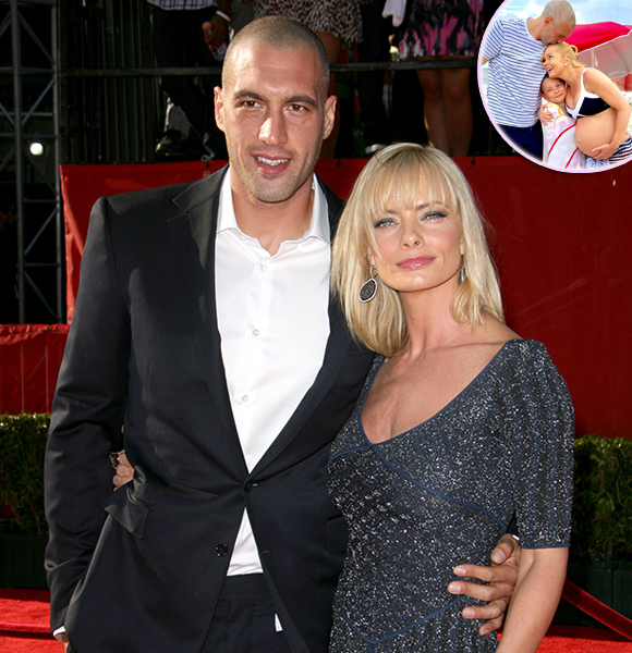Jaime Pressly Reveals She's Expecting Twins with Her Boyfriend Hamzi Hijazi! Details
