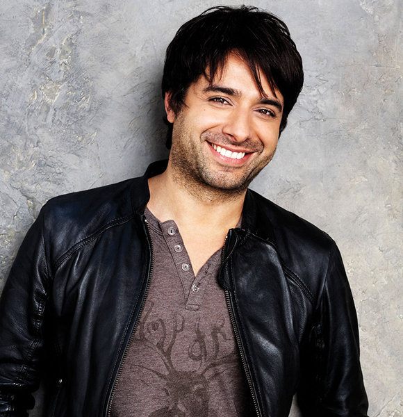 Jian Ghomeshi of Mixed Ethnicity Amid Tragedy! Loss of Father and Several Allegations