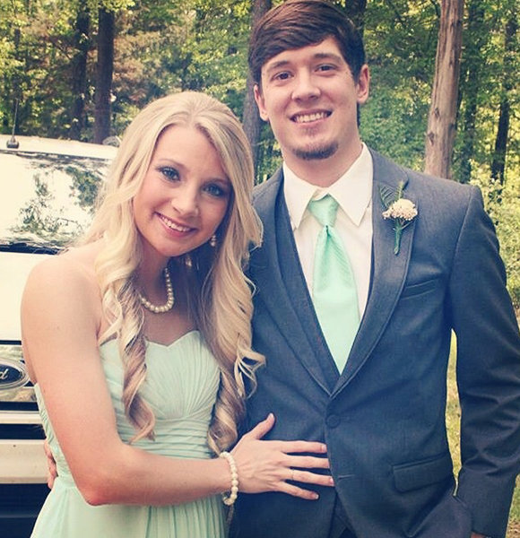 Josh Clark Has Love Scattered Across Vines! Meet His Wife-Like Partner