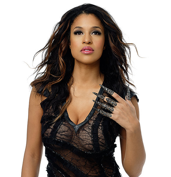Kali Hawk Too Busy with Career to be Dating and Have Boyfriend? Seems like it!