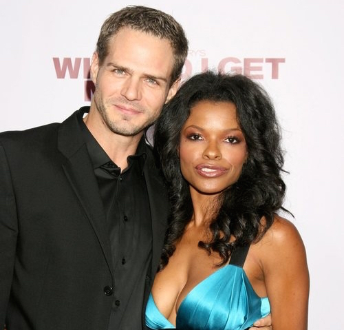 Keesha Sharp Repeatedly Flaunts Her Married Life With Husband; Has A Family Too Cute To Be Existing
