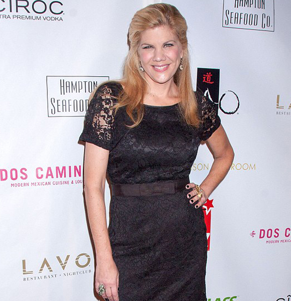 Kristen Johnston Still Not Married? Or Struggle with Drugs And Disease Didn't Let Her Have A Partner Or A Husband?