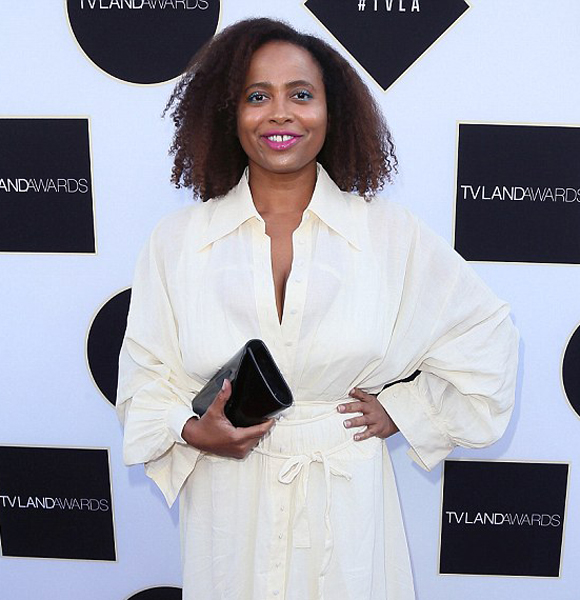 Lisa Nicole Carson Gives Hint That She Want To Get Married And Call 'The One' Her Husband; What Is Stopping Her?
