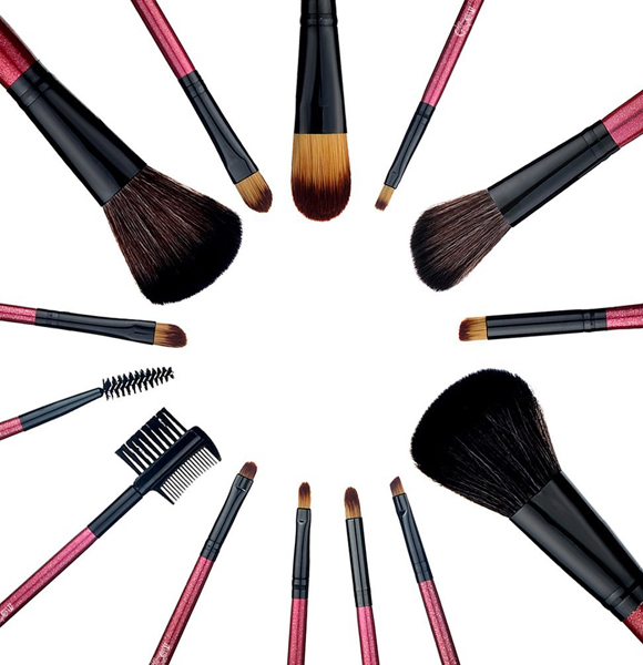 Here's Makeup Brushes List, Their Use and How To Store ...