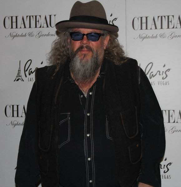 Is Mark Boone Junior Secretly Married? Has A Wife Or Single And Earning?