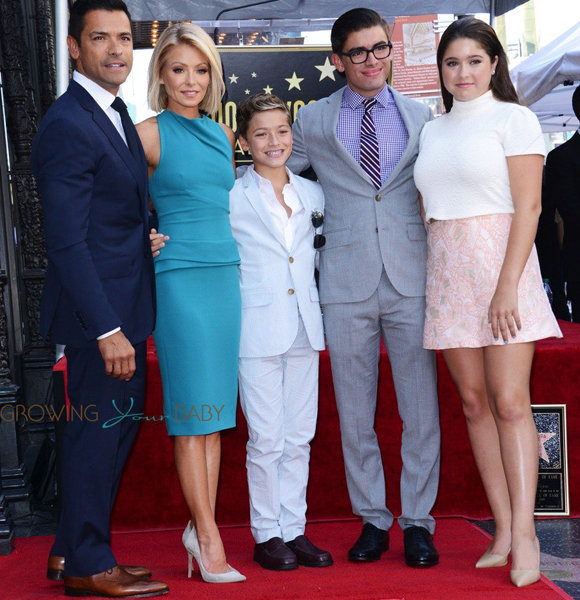 Mark Consuelos Kids Mark Consuelos' Wife R...