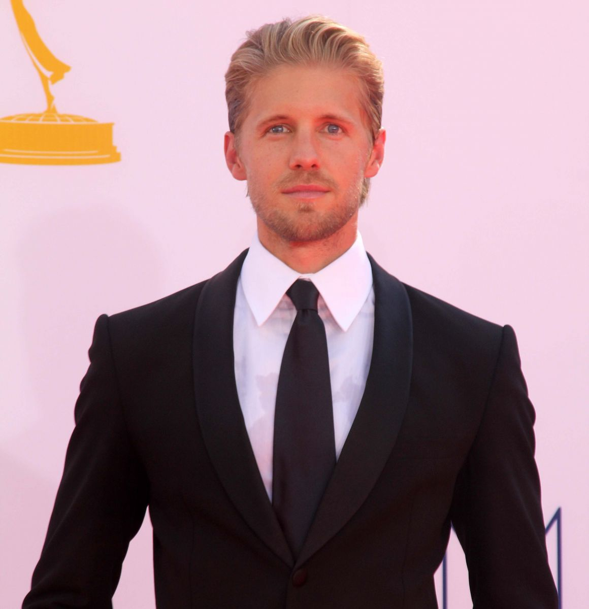 Matt Barr Not Dating Anyone? Actor With Such Looks Cannot Be Single - Or Can He?