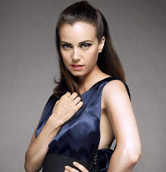 Mia Kirshner Plays A Gay/Lesbian Role; But Does Need To Be A Rumor?