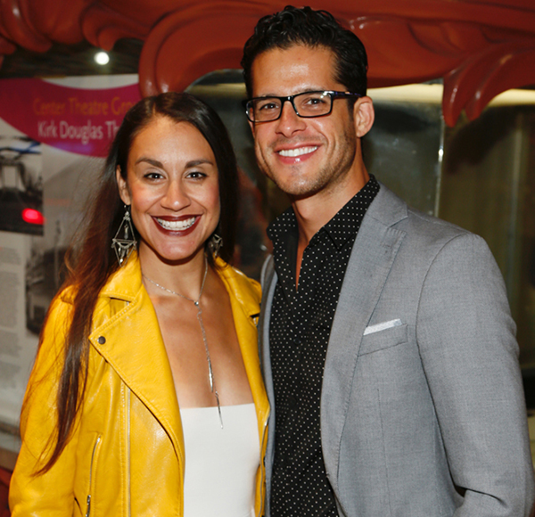 villanueva dating Jane villanueva is the protagonist of jane the virgin she is portrayed by gina rodriguez jane is a bright, passionate young woman, who.