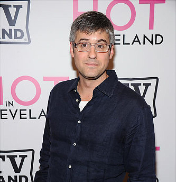 Does CBS' Openly Gay Correspondent Mo Rocca have A Partner? You Asked We Answered