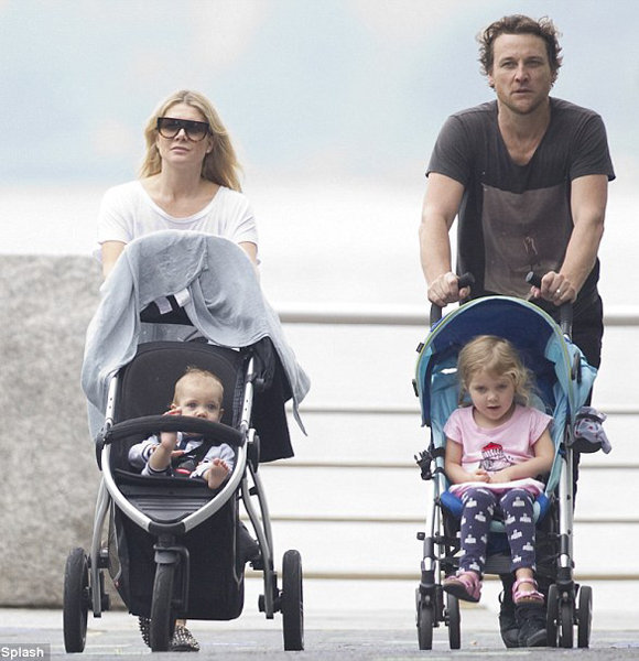 Natalie Bassingthwaighte Sheds Regret Over Estranged Husband; Has Kids From Dating Affair With Boyfriend?