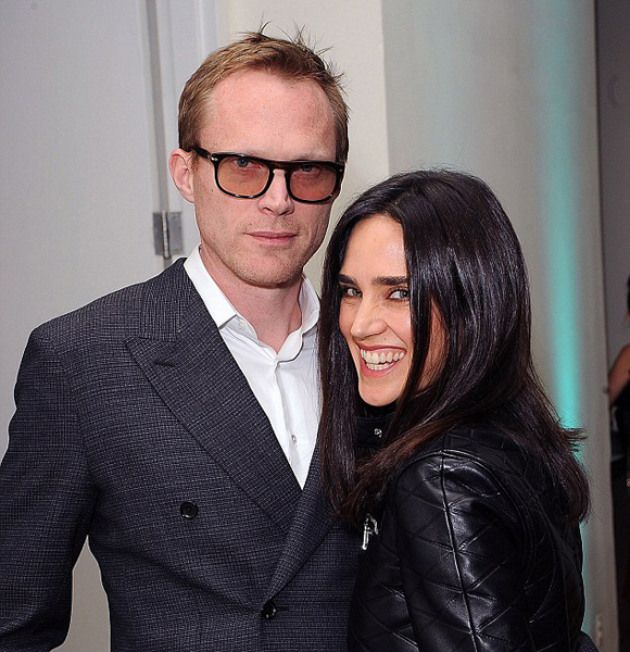 paul bettany is romantic just as his character 39 vision 39 talk on how he met wife jennifer. Black Bedroom Furniture Sets. Home Design Ideas