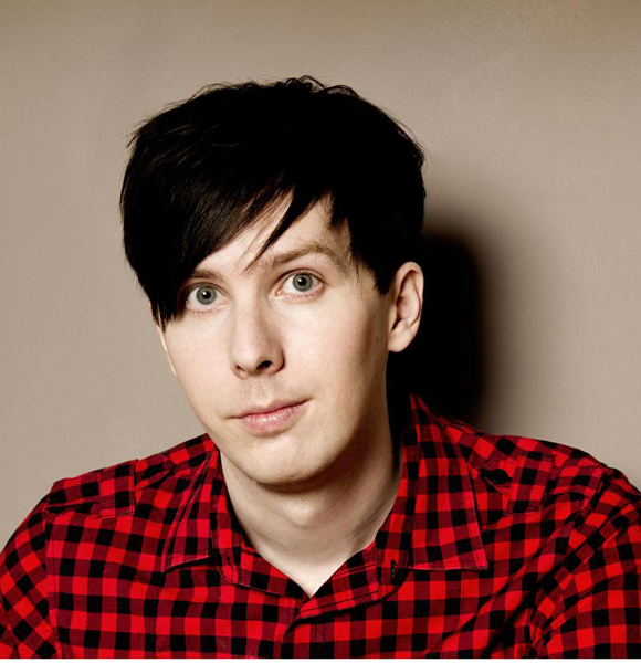 Phil Lester Hints That He Has A Girlfriend But The Gay Rumors Just Won't Fade Away; Has A Dating Affair For Real?