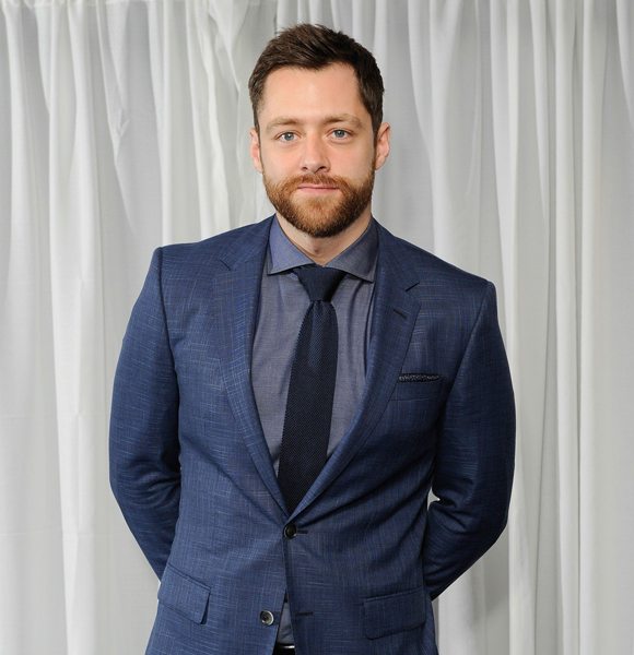 Richard Rankin Keeps His Thoughts On Getting Married And Have A Wife A Secret! But Does That Make Him Gay?