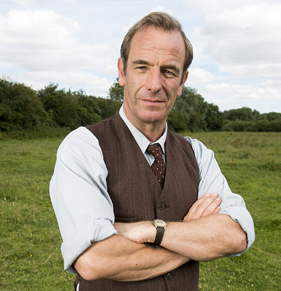 Staying Married Is Not In Robson Green's Forte! After Multiple Divorce The Guy Stole Someone Else's Wife