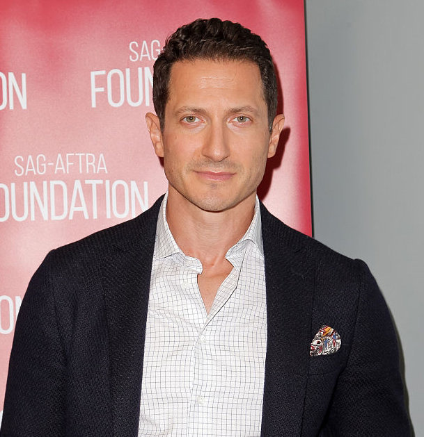 Sasha Roiz Hiding Possible Married Life; But Does That Make Him Gay?