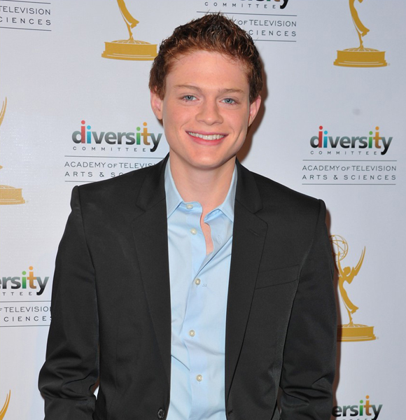 Is Sean Berdy Really Deaf? If So Then How Does He Do All The Talking in Sets and Interviews?