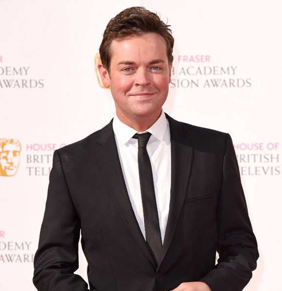 Stephen Mulhern Isn't Married And Also Does Not Have A Girlfriend! But Does That Make Him Gay?
