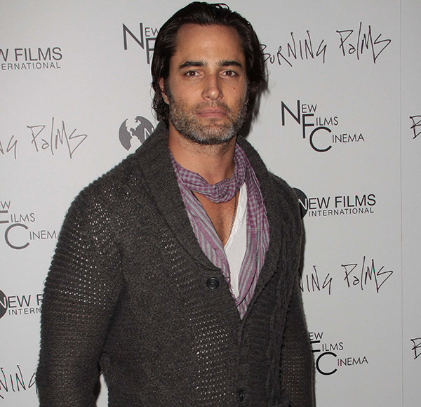 Victor Webster Not Getting Married? Confused With Too Many Girlfriend