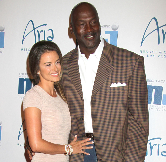 Yvette Prieto Is A Mother To Five After Getting Married To NBA Legend Husband; This Wiki and Bio Includes It All