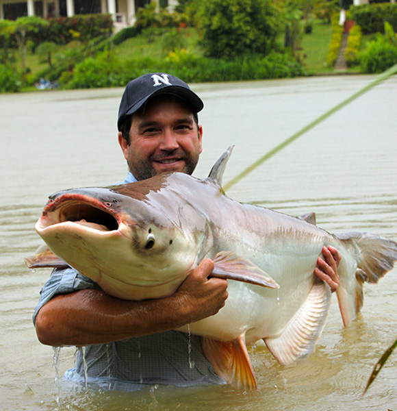 Zeb Hogan Wiki: Age, Possible Married Life With Wife And Family of The Monster Fish Presenter