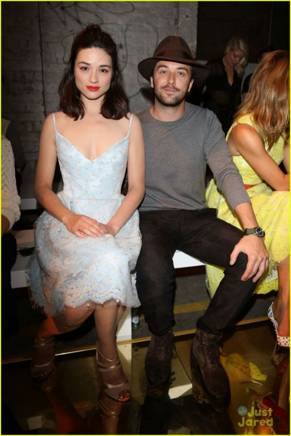 Crystal Reed S Boyfriend Reveals Secret To Healthy Dating