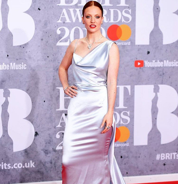 Jess Glynne Age, Sexuality, Dating Status, Tour & Height