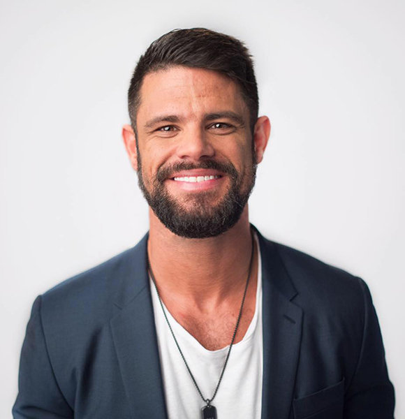 Steven Furtick Flaunts Proud Family With Wife, Married Life Details