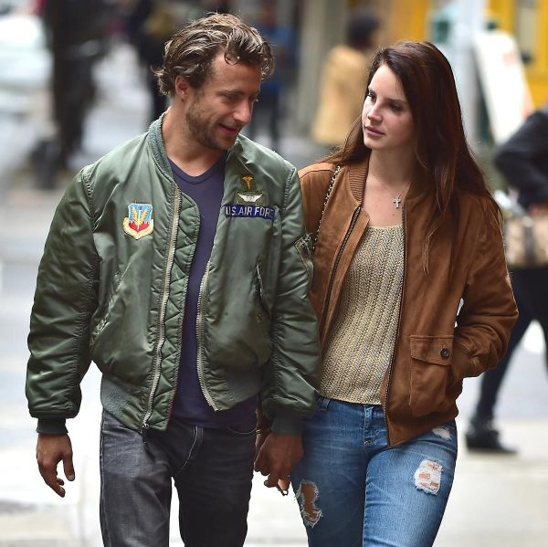 Lana Del Rey Ignites Romance And Dating Rumors After ...